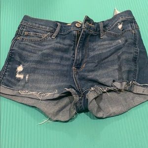 Hollister high wasted shorts